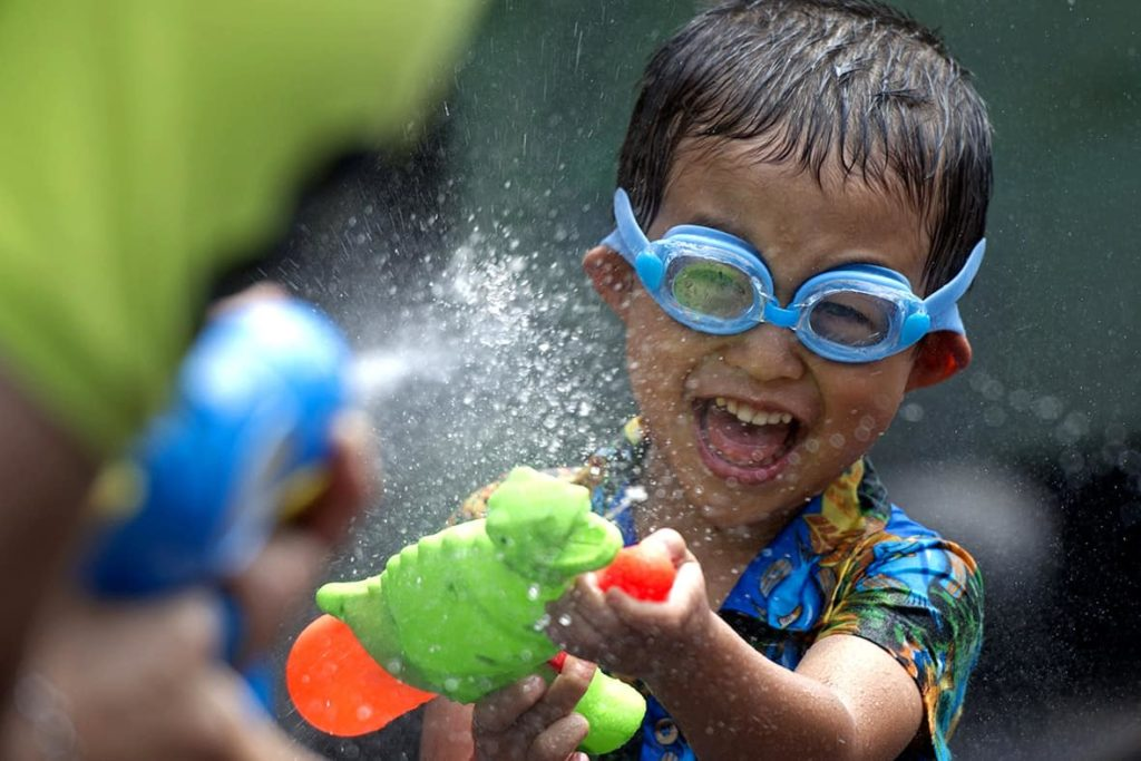 Water balloons and water guns for kids